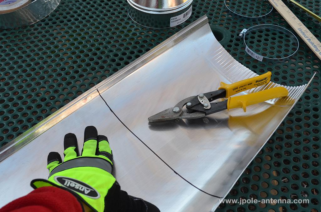 Cantenna-cutting-aluminum-tube